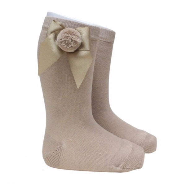 Meia Pata Grosgrain Bow Pom Pom Socks, Camel