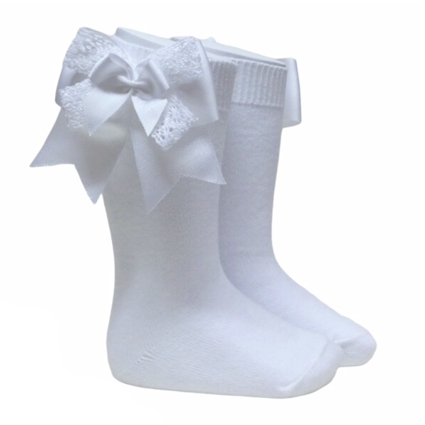 Pocholo Crochet Lace Bow Socks, White