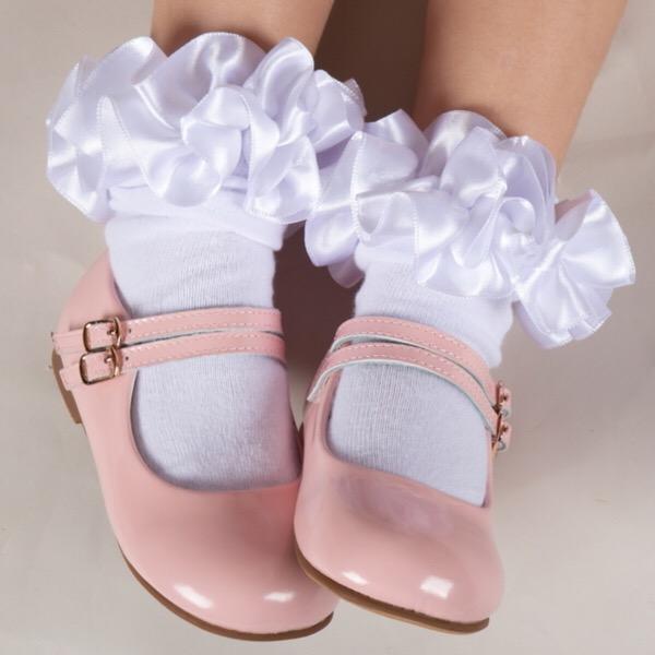 Caramelo Ankle Ruffle Socks, White