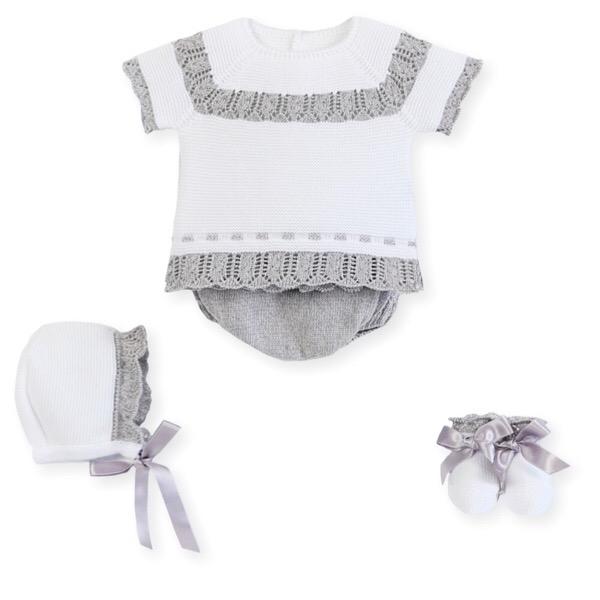 Mac Ilusión White & Grey Knit Set