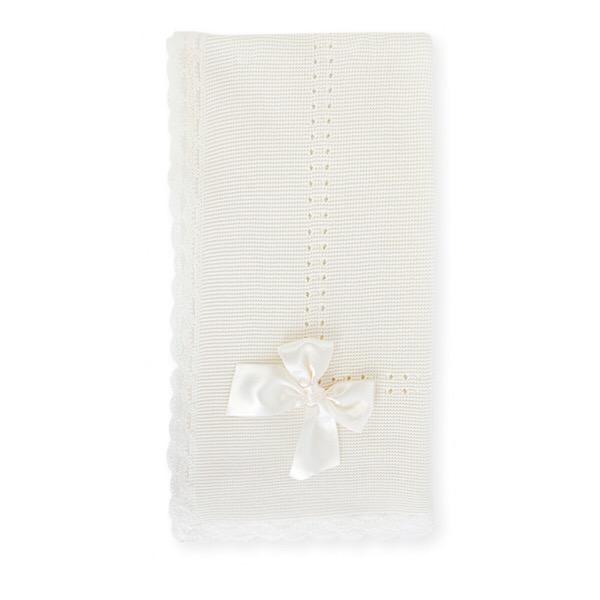 Mac Ilusión Cream Knit Shawl