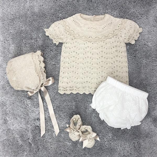 Mac Ilusión Beige & White Knit Set